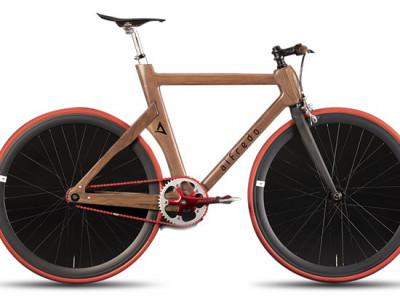 Деревянные велосипеды, созданные вручную